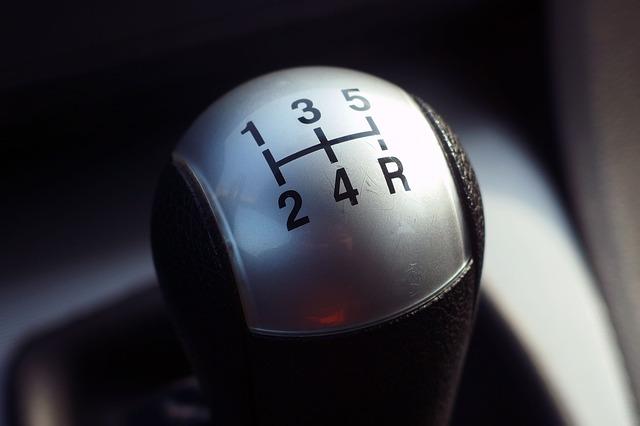 איך לרכוש רכב יד 2 עם גיר תקין?